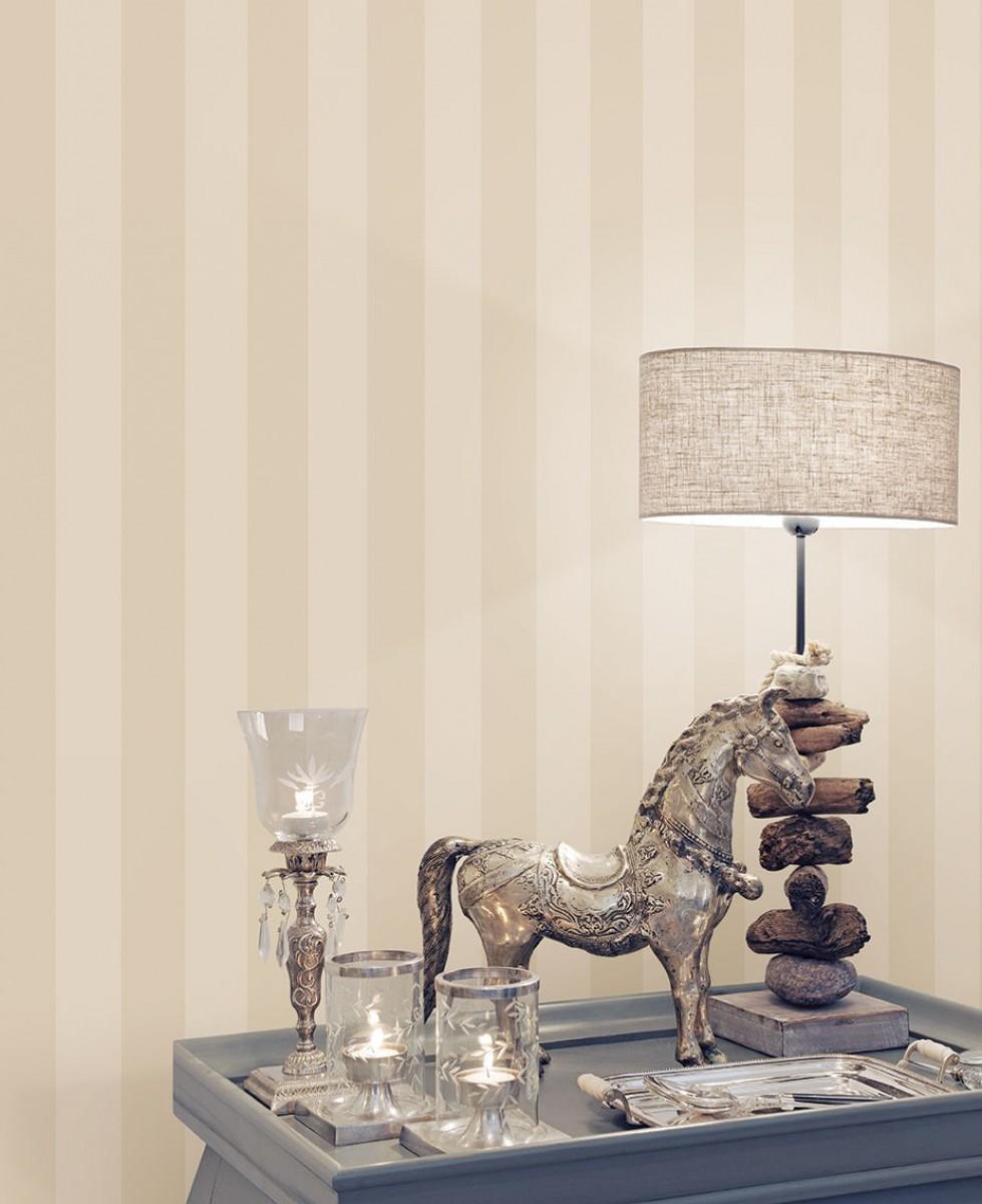 Tapet - Striber 6.7 cm i creme og sølv